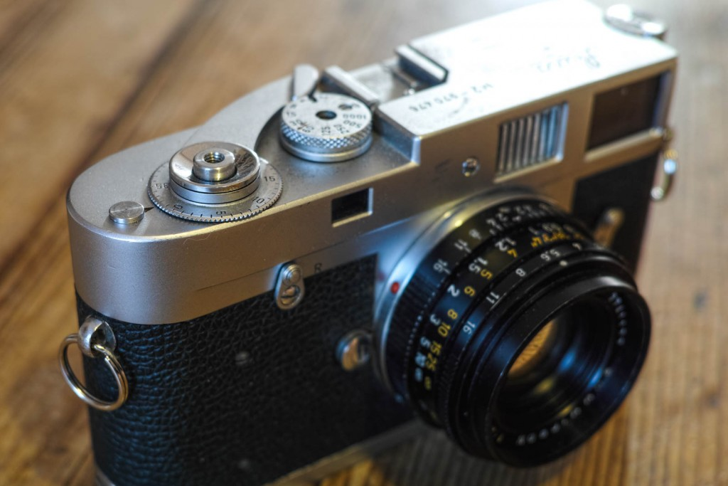 Leica M2 frame counter