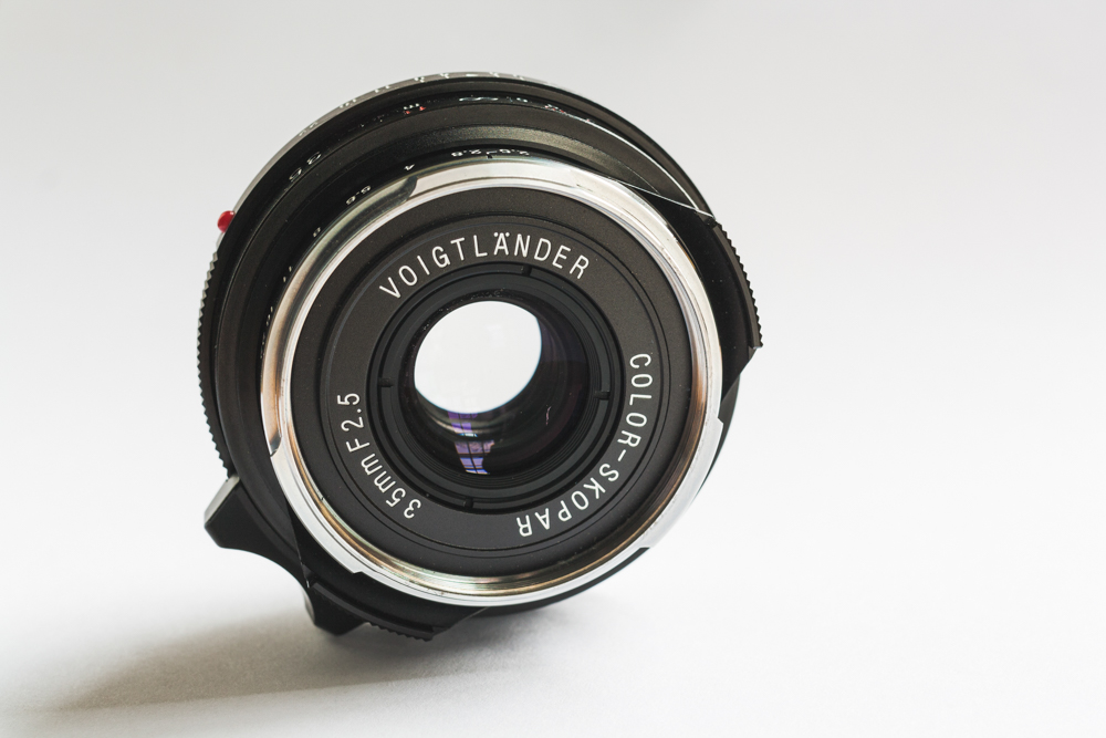 Voigtländer 35mm f/2.5 Color Skopar