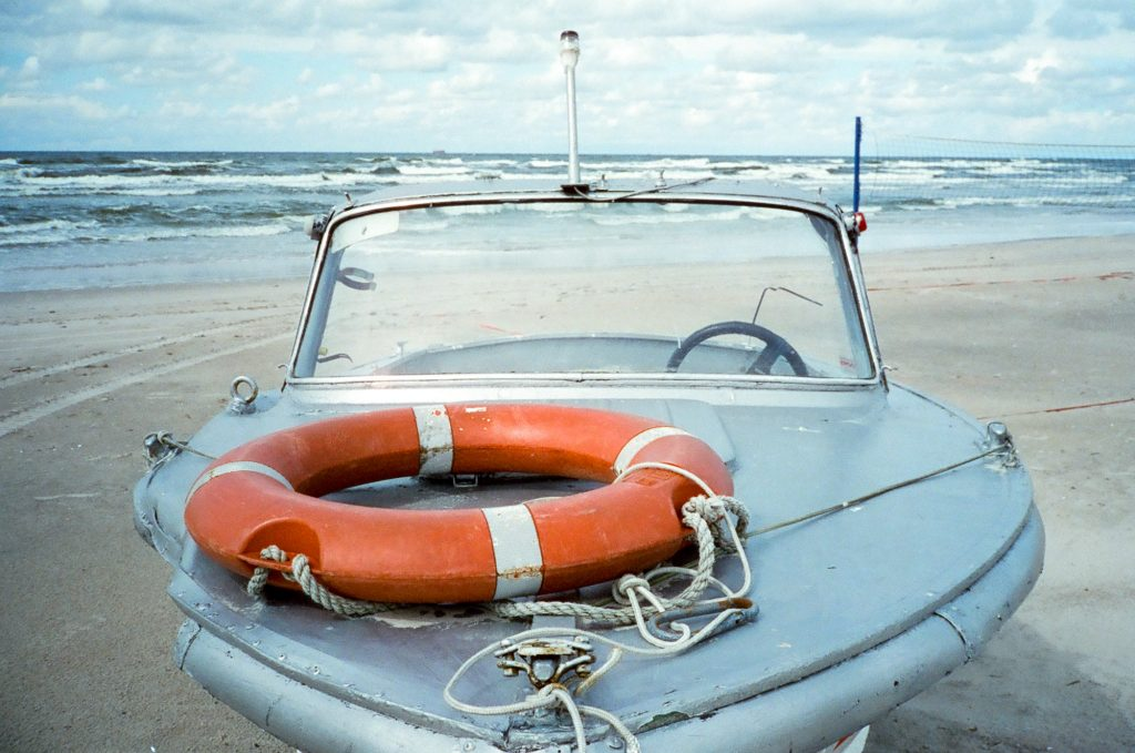 boat on beach Contax T2 CineStill 800XproTungsten
