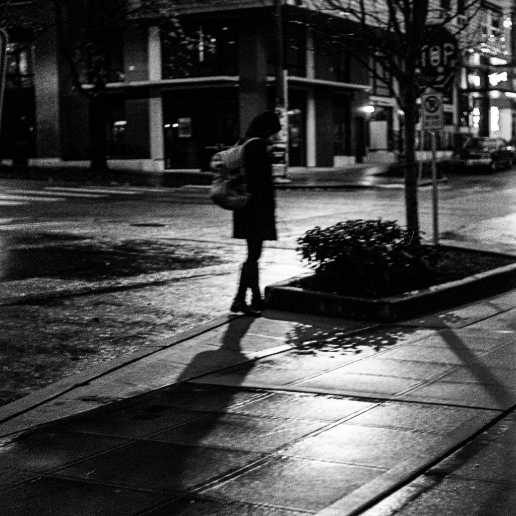 Low light street photo taken with Retinette