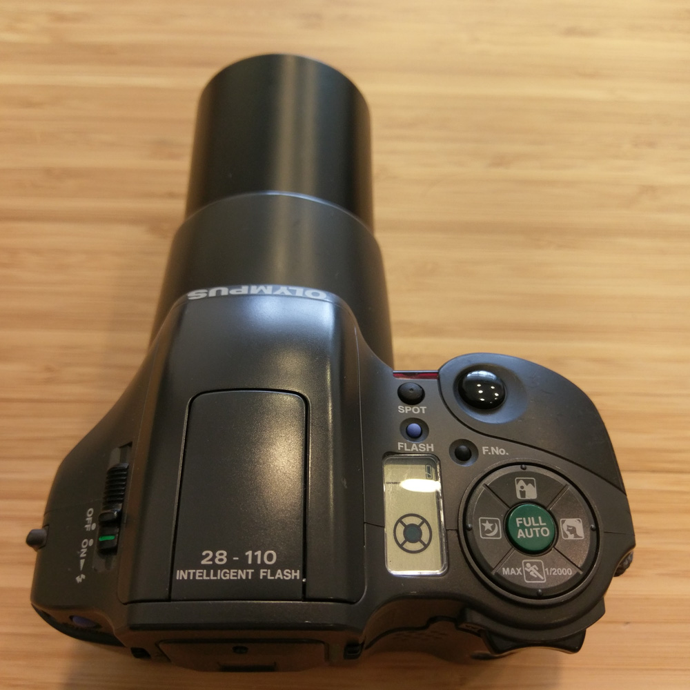 Olympus L-10 Panorama - Lens Extended