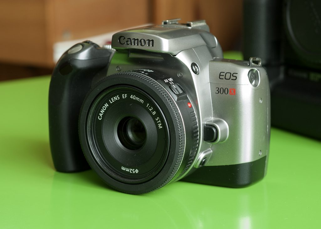 my compact camera the canon eos 300x and 40mm f 2 8 stm guest rh 35mmc com canon 300d manual pdf Canon 7D Manual