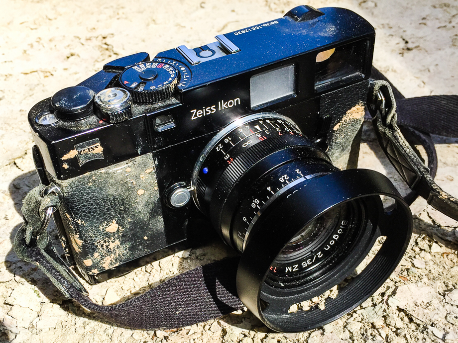 5 frames with a Zeiss Ikon ZM and its 35mm Biogon - By Alexis - 35mmc