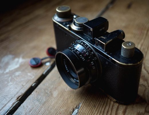 Voigtlander 28mm f/3.5 Color-Skopar on leica standard