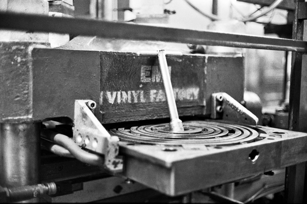 Record Press Hot Plates Ilford HP5+ Olympus 35SP