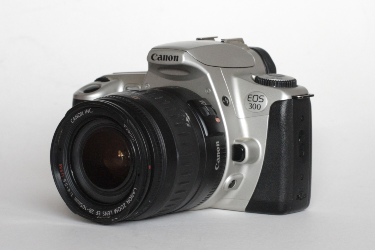 Canon EOS 300 Review - Not a great camera, but a great camera! - By Malcolm  Myers - 35mmc