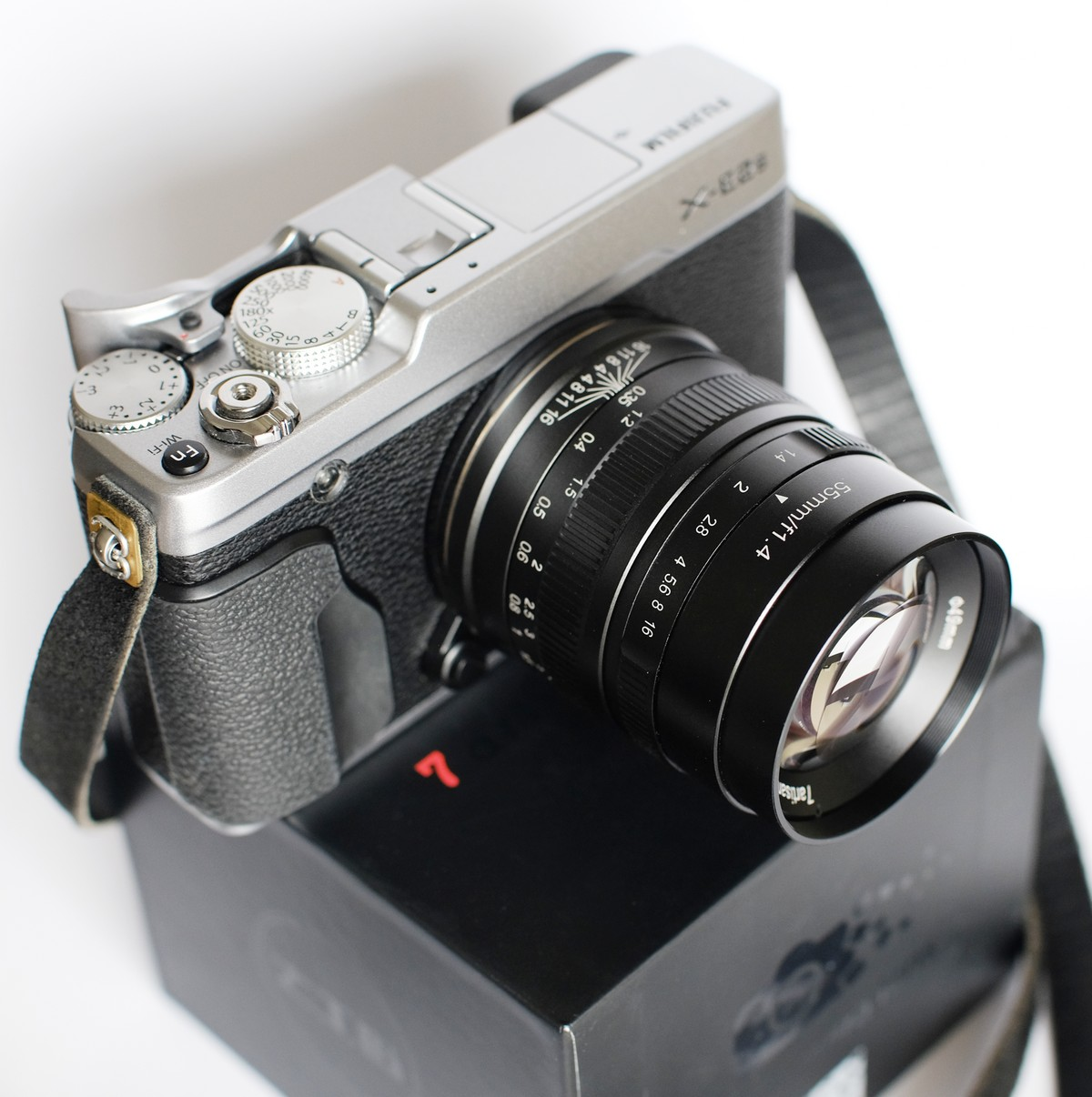 7artisans 55mm F14 On A Fuji X Camera By Iurii Zvonar 35mmc Fujifilm T2 Body Only Xf 56mm F12 Shot Samples With E2s