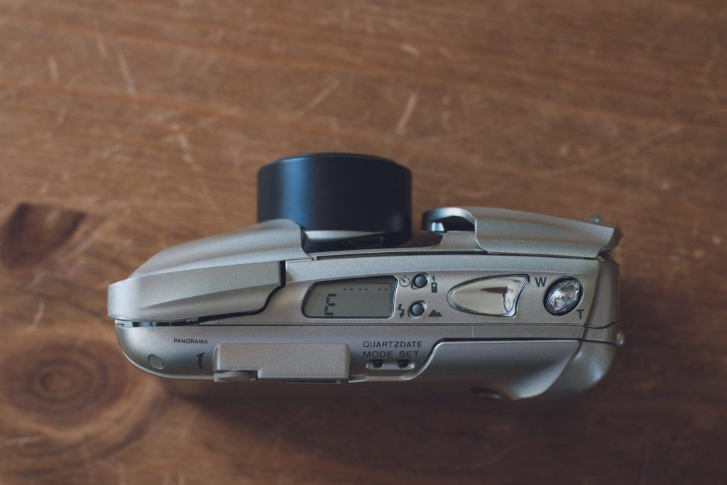 Olympus Mju II Zoom 80 Panorama top view