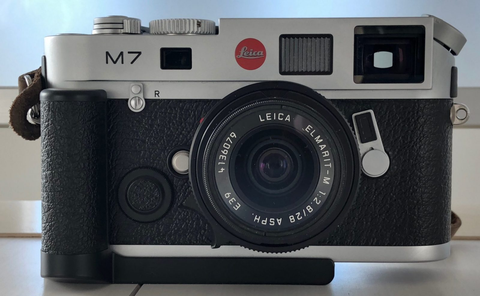 The Leica M7: Beautiful Camera; Neither Here nor There - by Steven Bleistein - 35mmc