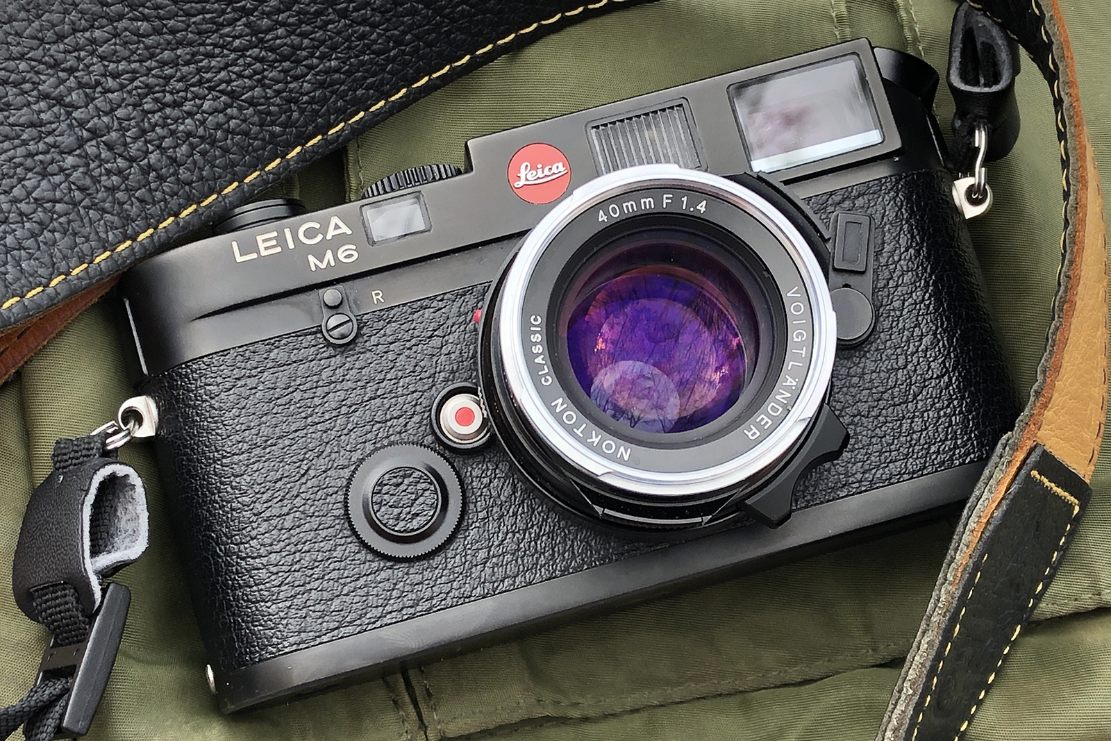5 frames with a Leica M6 and Voigtlander 40mm f/1.4 – by Dean Vuksanovic