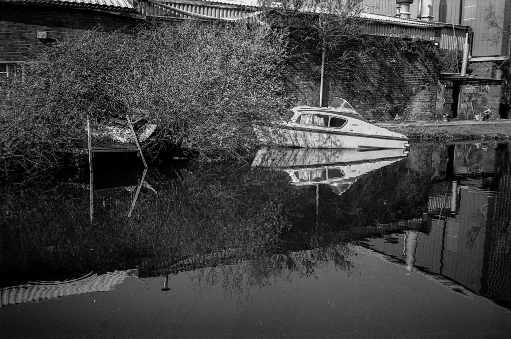 Chinon Bellami photograph of boats on river