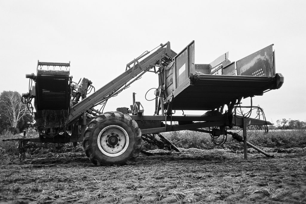 A carrot harvester found in the agricultural landscapes around Hämelhausen.