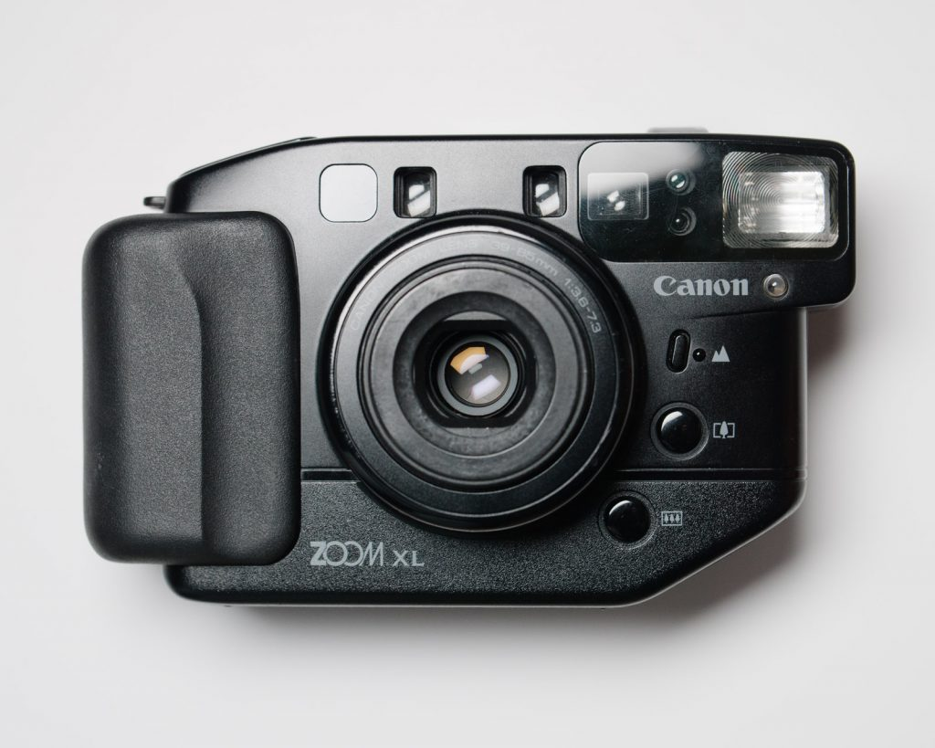 Canon Sureshot Zoom XL front view