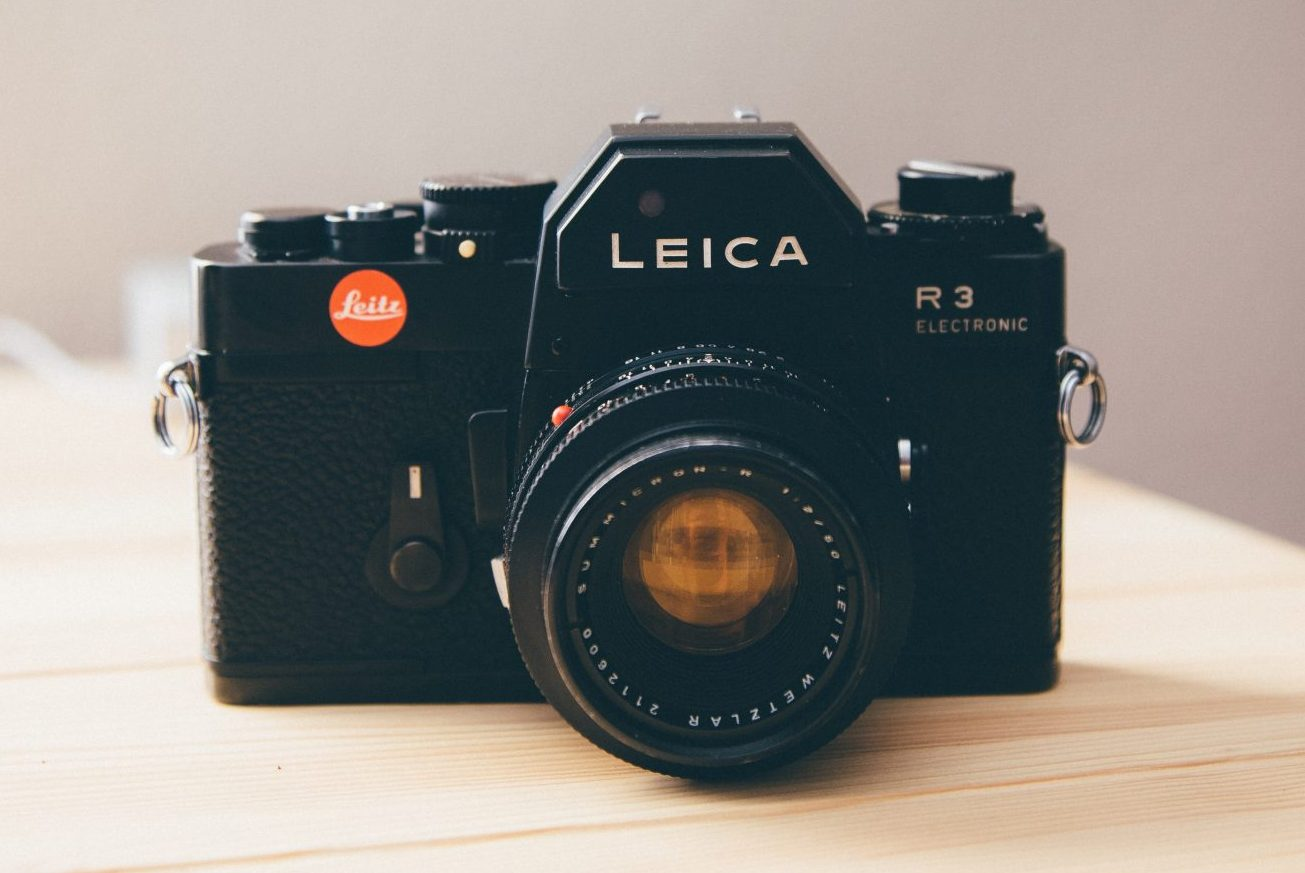 Leica R3 head on