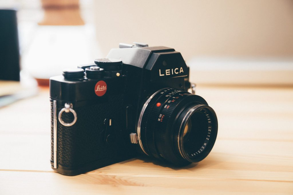 Leica R3 Side Profile