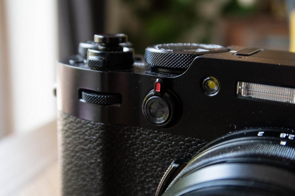 Fuji X100V - Viewfinder mode switch, button and front dial