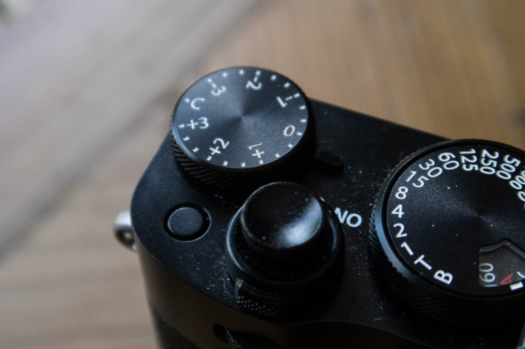 Fuji X100v unlabled Fn button