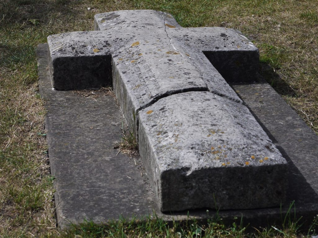 cross shaped grave