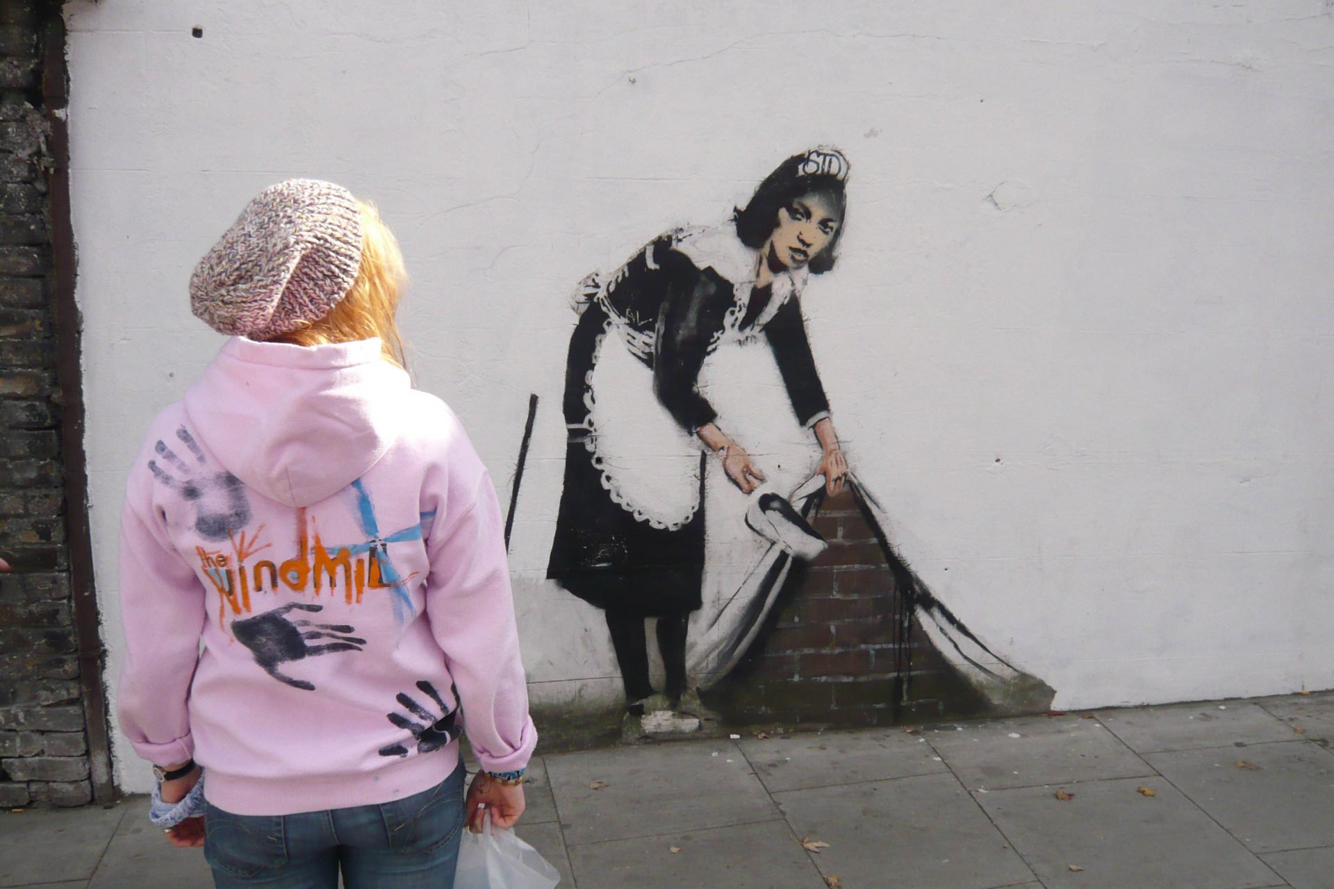 Bansky graffiti of chambermaid