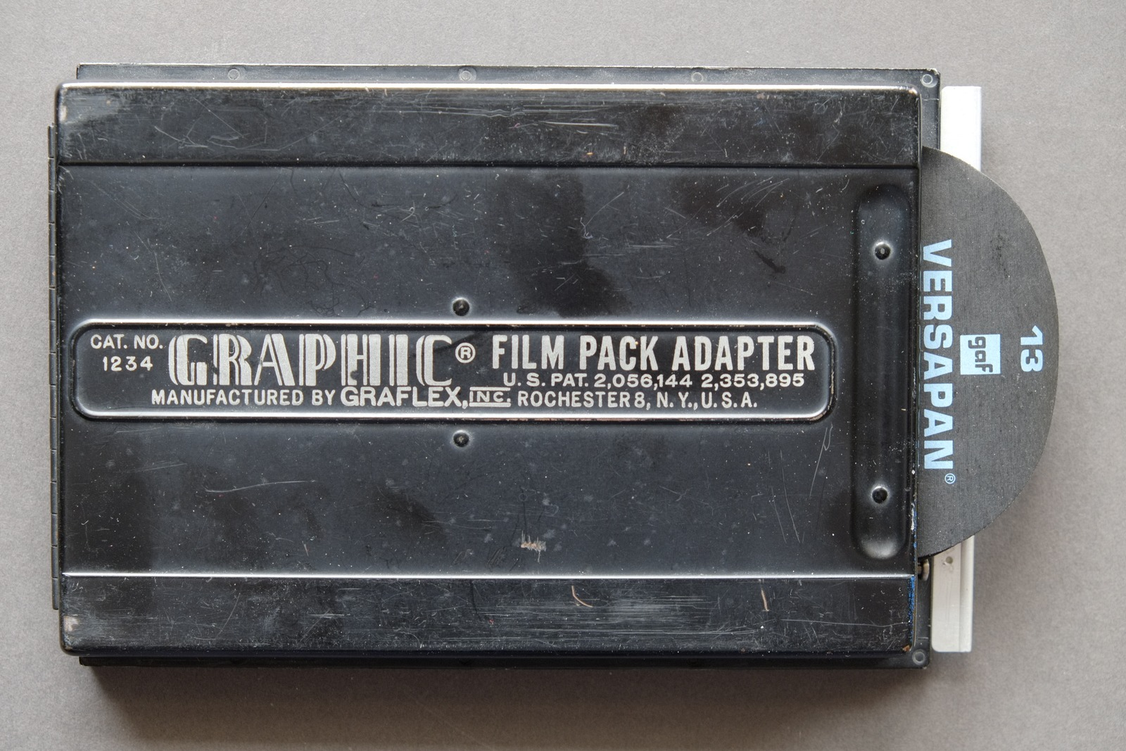 Graphic film pack adapter