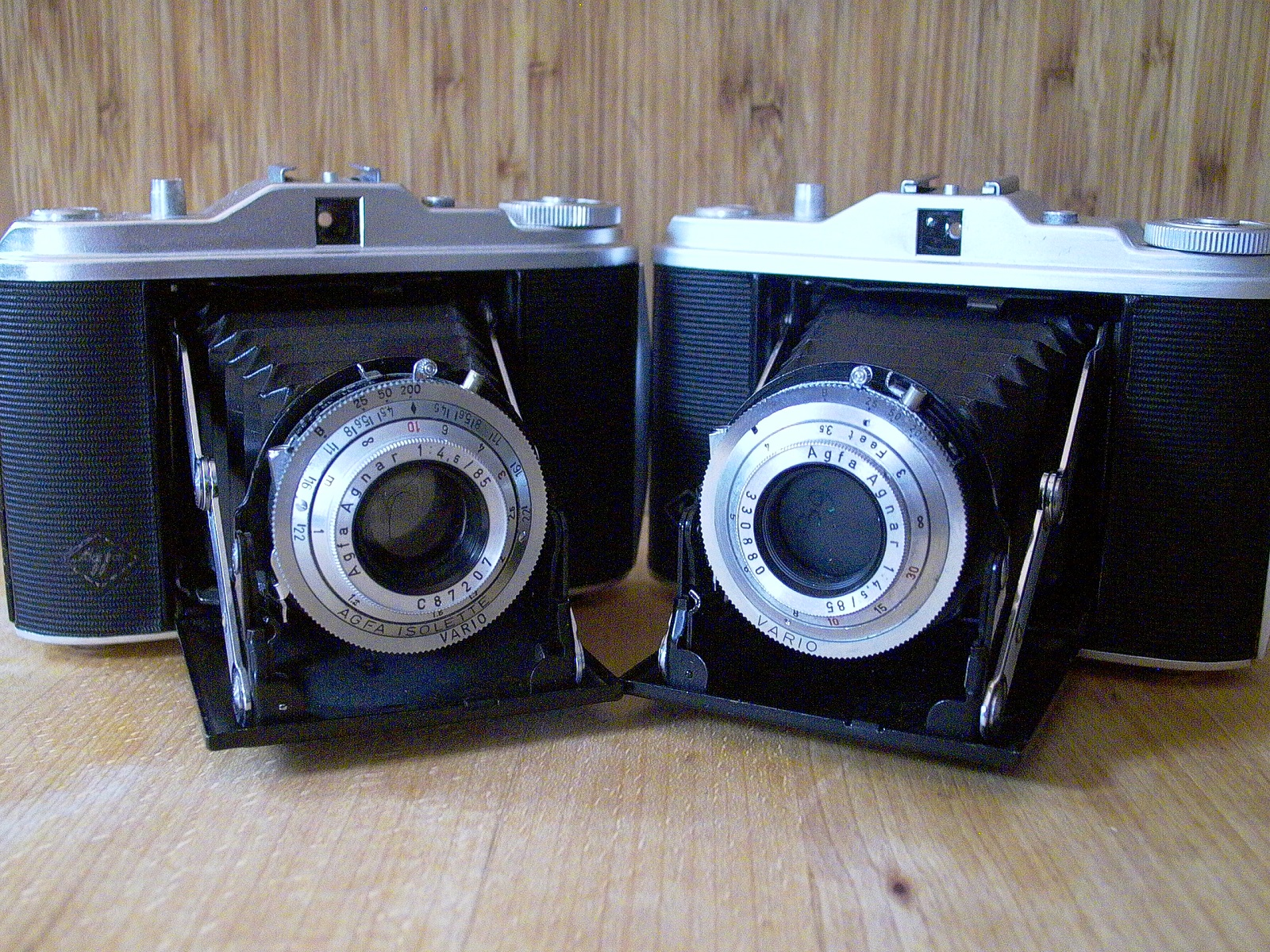 photo of two agfa isolette cameras