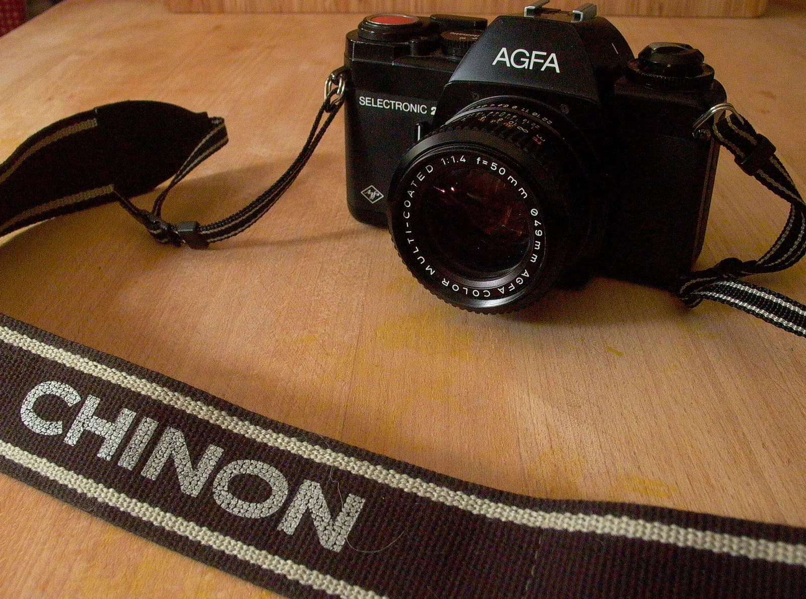 a photo of the agfa selectronic 2 camera