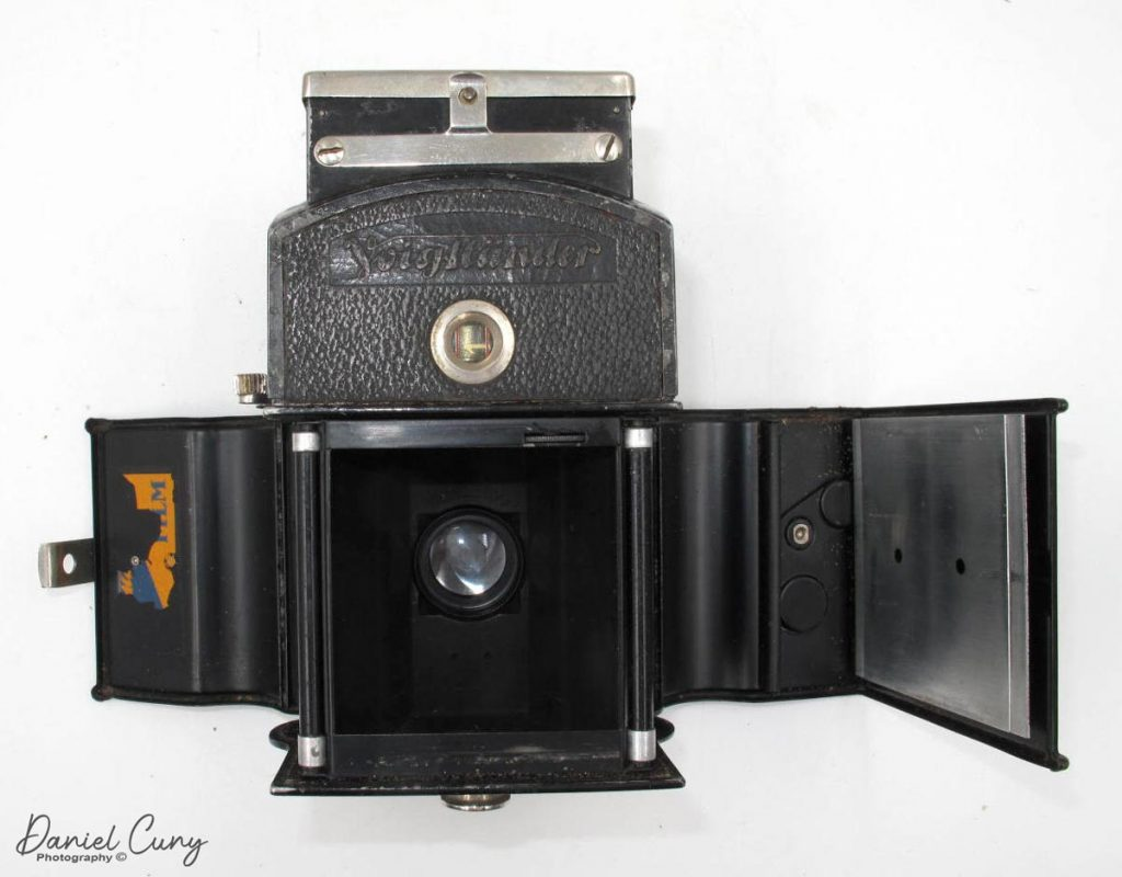 Voigtlander Superb open back