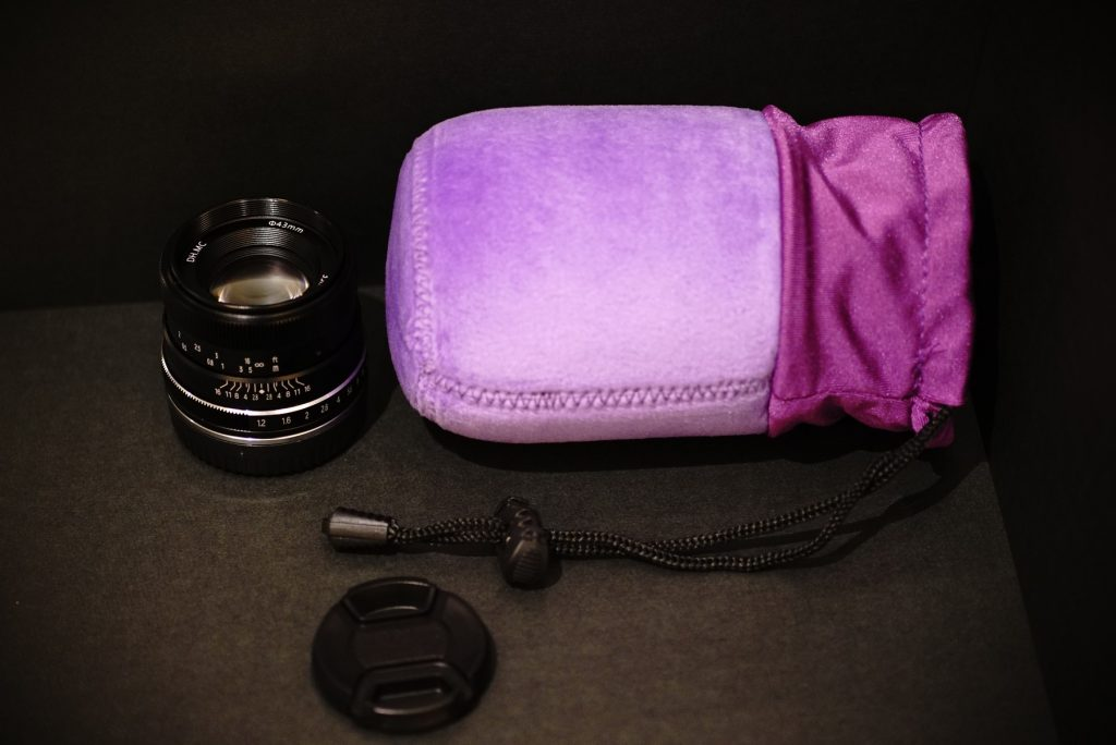 Pergear 35mm f/1.2 Lens pouch
