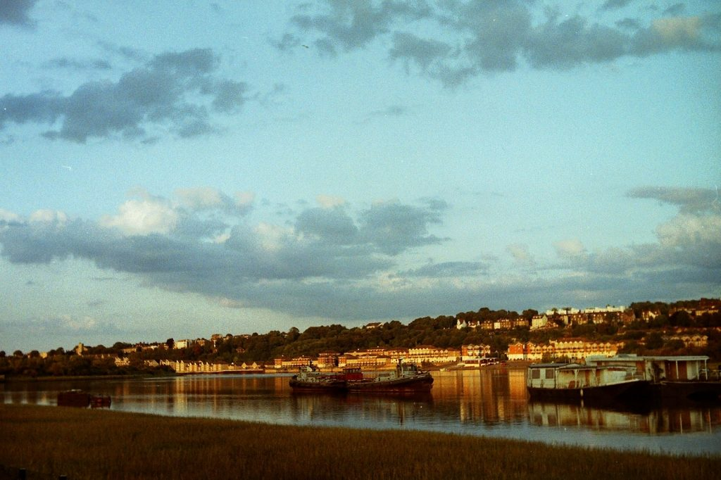 photo of the river medway in the early evening