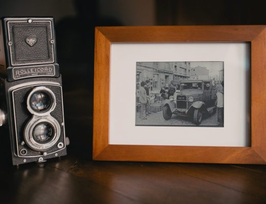 Photo frame with Steampunk photo paper