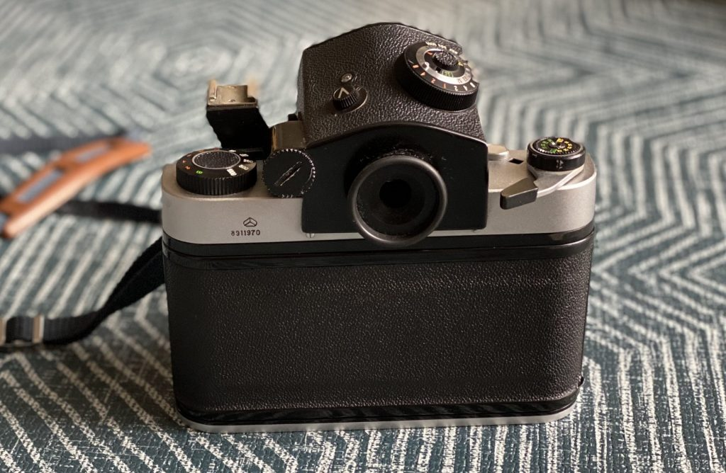 Kiev 60 SLR with pentaprism attached, rear view.